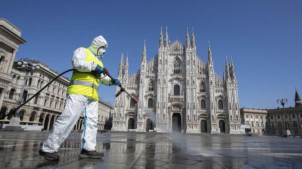 Новые ограничения вводятся с понедельника в Италии из-за COVID-19
