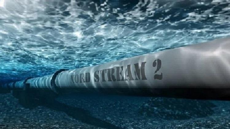 В водах Германии достроен участок «Северного потока-2»