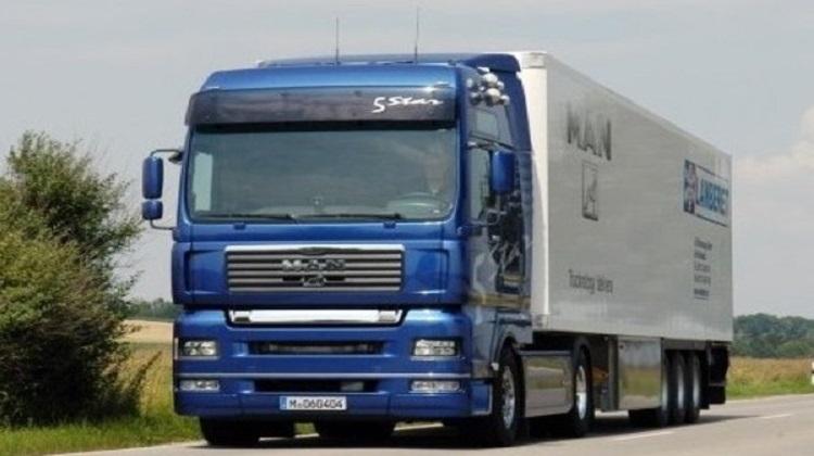 Мининфраструктуры усилит контроль по перевозке грузов автотранспортом