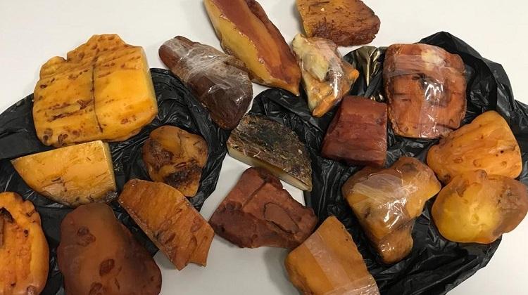 CБУ блокировала контрабанду янтаря в одну из арабских стран