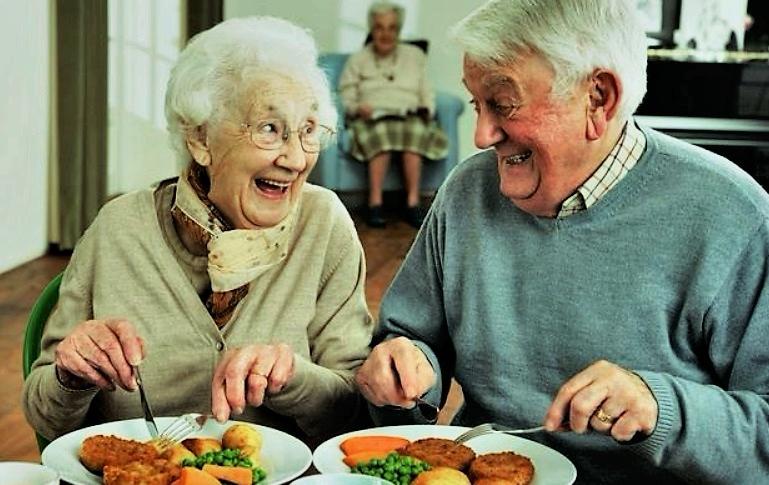 Миллион пенсионеров будут получать надбавки к пенсии