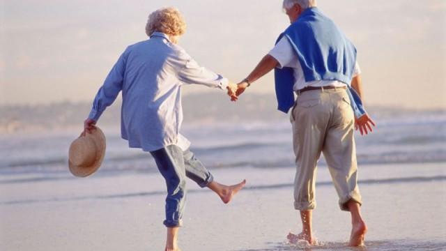Госстат назвал продолжительность жизни женщин и мужчин