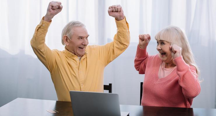 Правительство ослабило ограничения для лиц старше 60 лет
