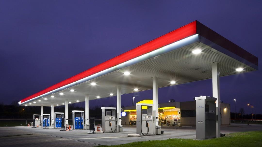 Президент обещает снижение цен на топливо