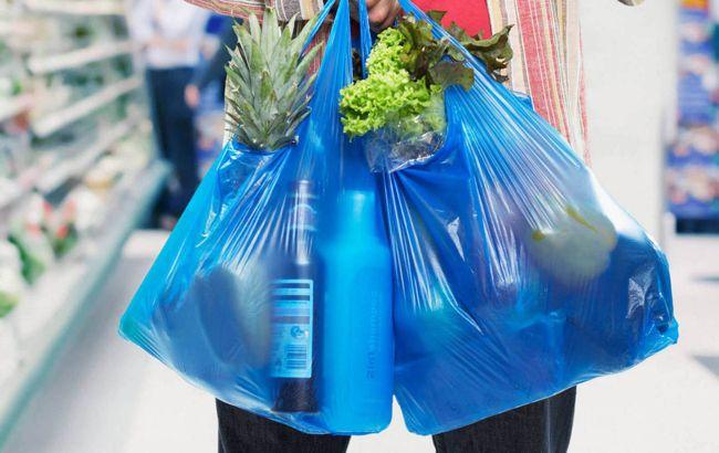 В Украине с 2022 года запретят пластиковые пакеты