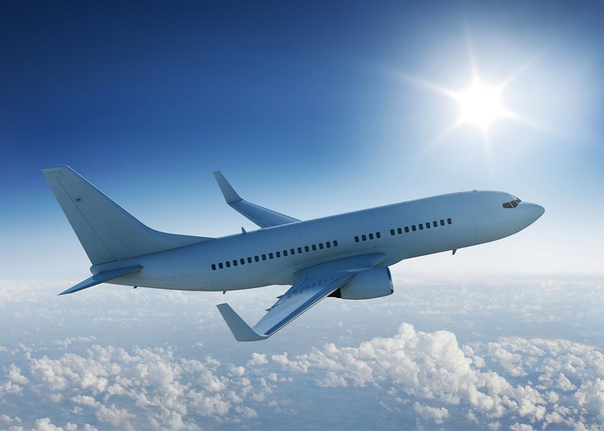 Нидерланды упростили требования к тестам для авиапассажиров из Украины