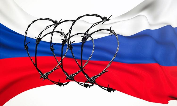 Украина ввела множество санкций против России