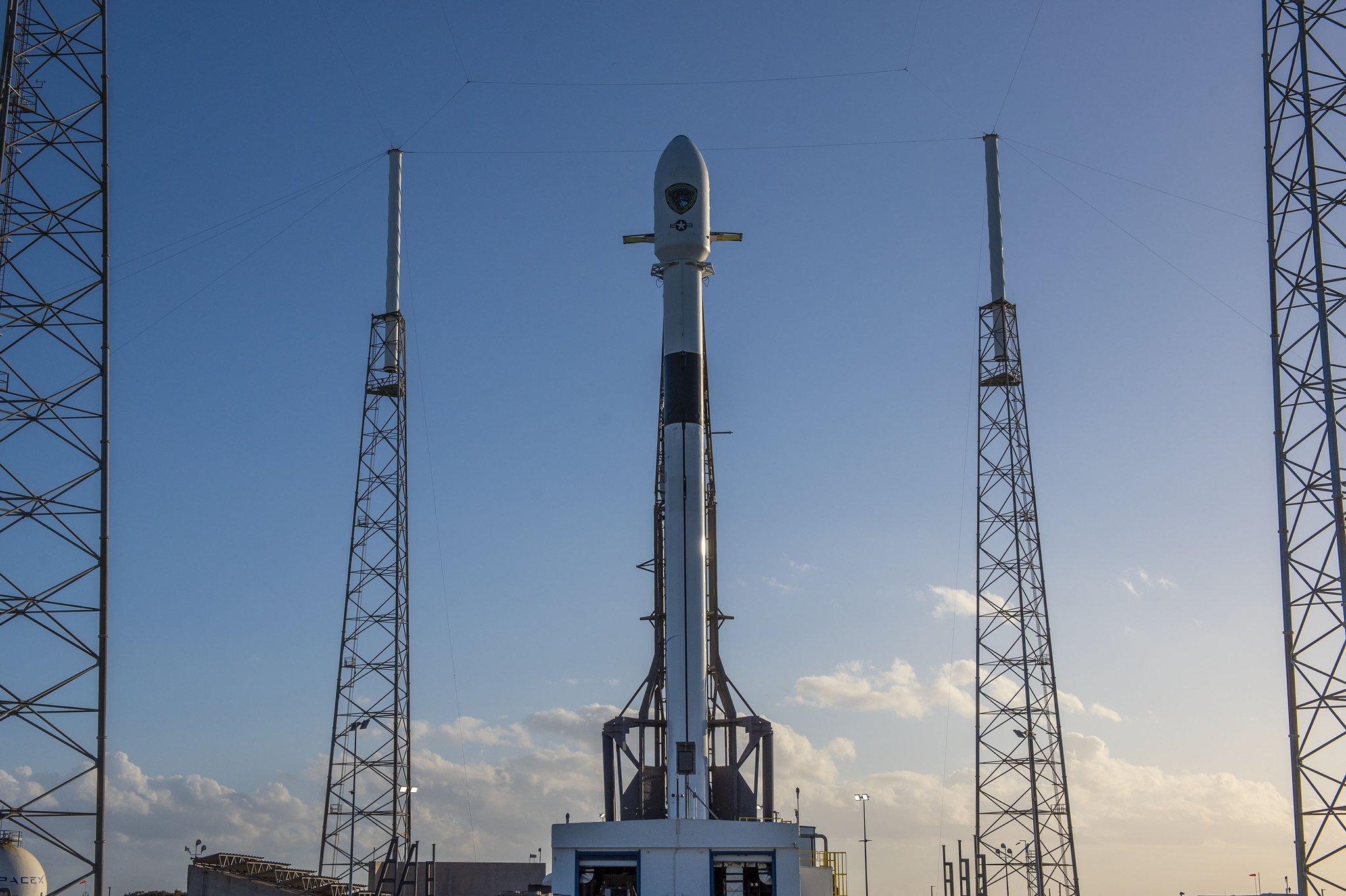 SpaceX последний в этом году раз запустила Falcon 9