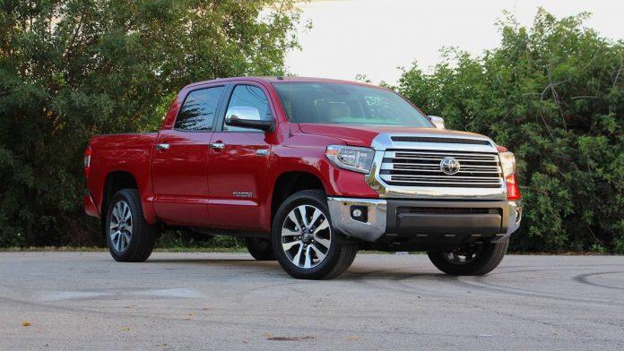 Toyota отзывает более 158 тысяч пикапов Tundra