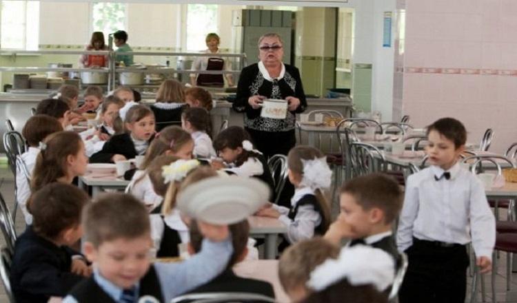 В Николаеве школьникам поставляли некачественные продукты