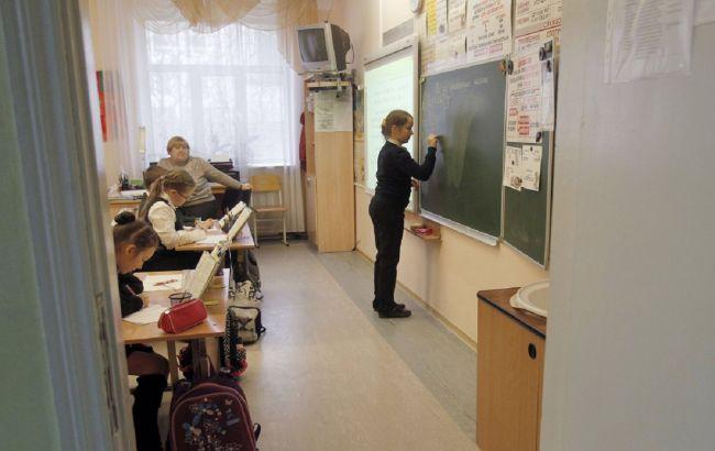 Минздрав изменил карантинные требования для обучения в школах