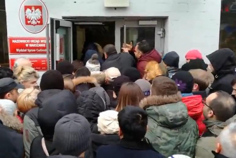 В Польше насчитали около 900 тыс. мигрантов из Украины