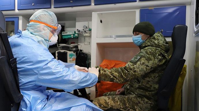 От коронавируса умер военнослужащий