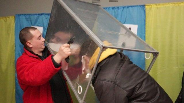 Выборы в Броварах: Полиция задержала нескольких киевлян