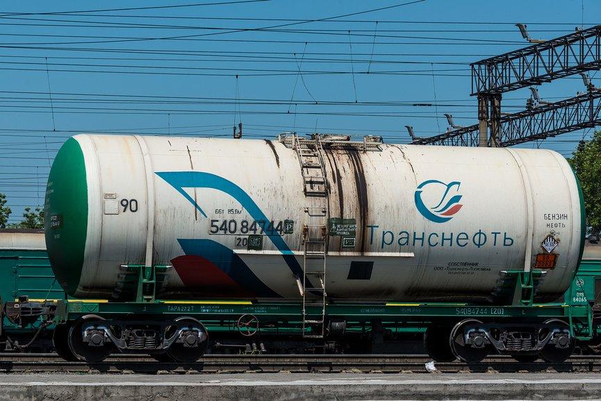 Возобновлен ж/д импорт дизтоплива из РФ