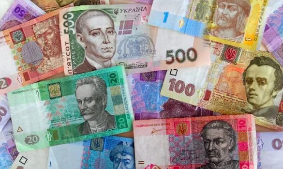 НБУ продолжит валютные интервенции для спасения гривни