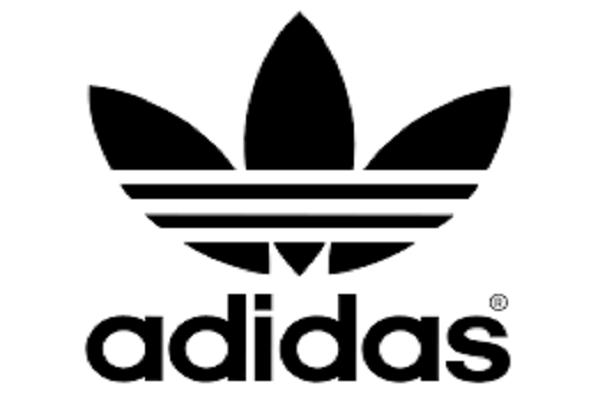 Сайт Adidas избавился от одежды с советской символикой