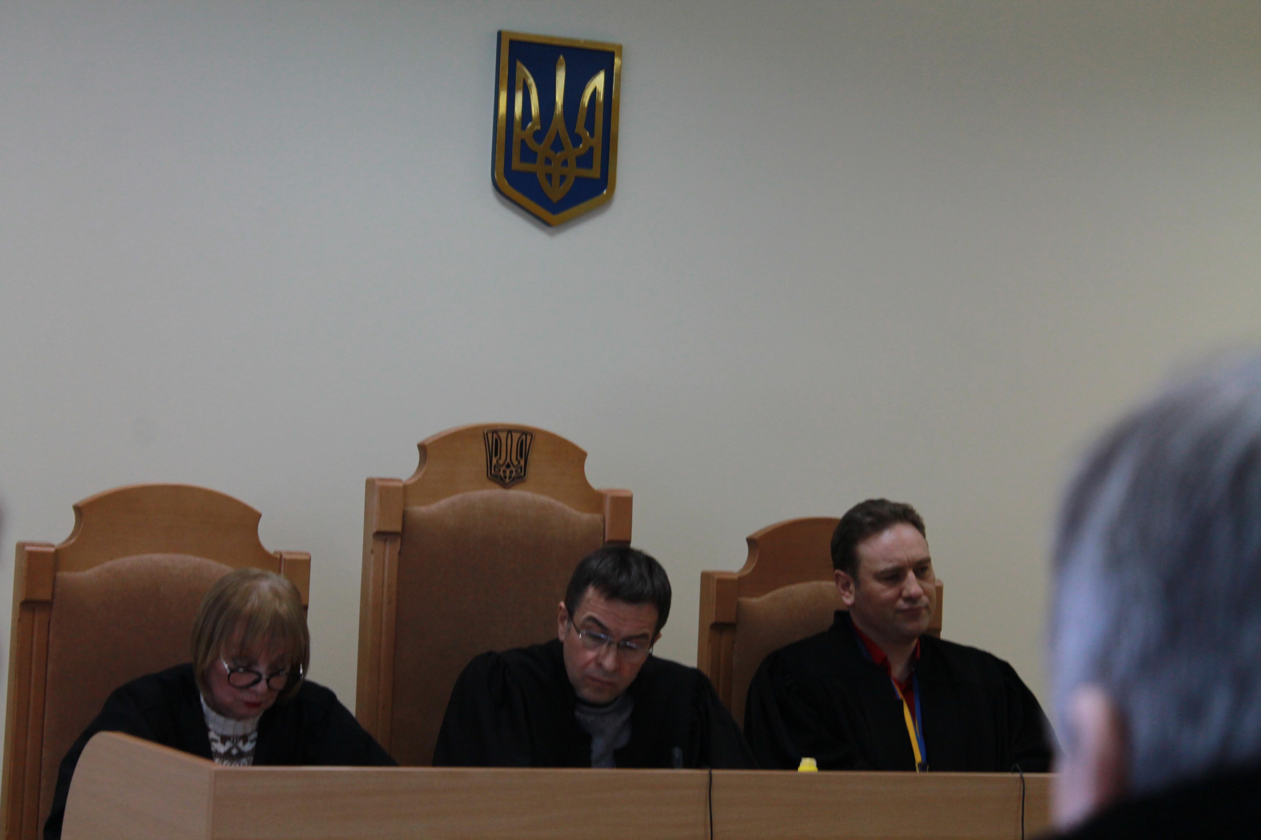 В Киеве общество рыболовов и охотников отвоевало землю и имущество у захватчиков базы «Козинка» (ФОТО, ВИДЕО)