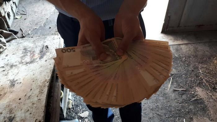 В Черкассах руководитель госпредприятия МВД попался на взятке
